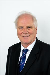 Councillor Simon Reay