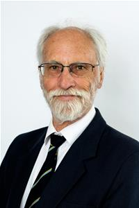 Councillor Alan Pett